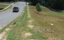 Sidewalk on Hunter Street looking east from Barron Blvd2
